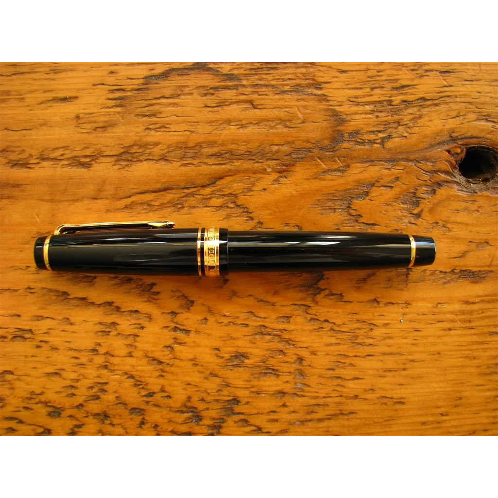 <center>Sailor Professional Gear Fountain Pen - Black</center>