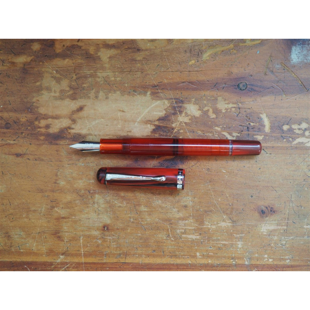 <center>Noodler's Konrad Piston Filler Flex Fountain Pen - Cardinal Darkness</center>