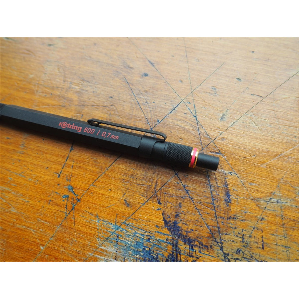 <center>rOtring 800 Mechanical Pencil - 0.7mm - Black</center>