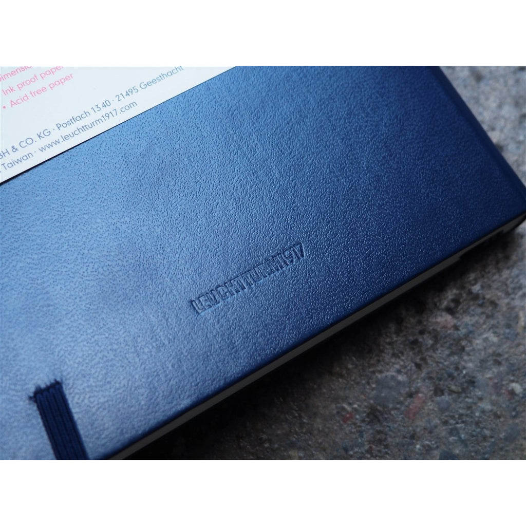 <center>Leuchtturm Hardcover A5 Notebook - Navy Blue (Dot)</center>