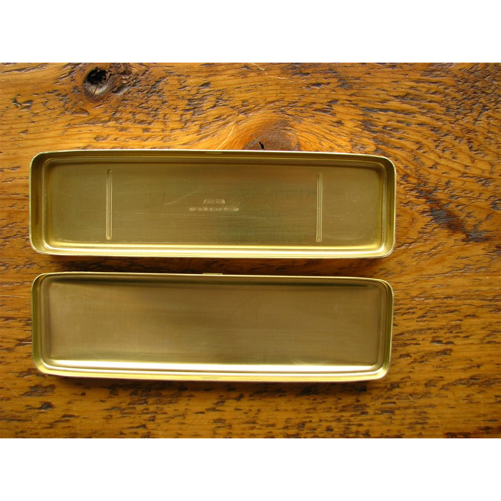<center>Traveler's Company Brass Pen Case</center>