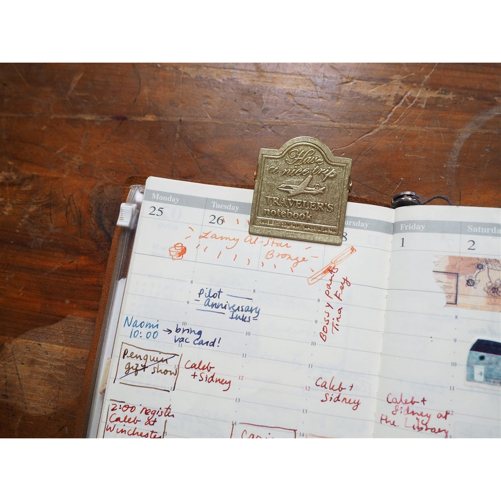 <center>Traveler's Notebook - 030 Brass Clip - Airplane</center>