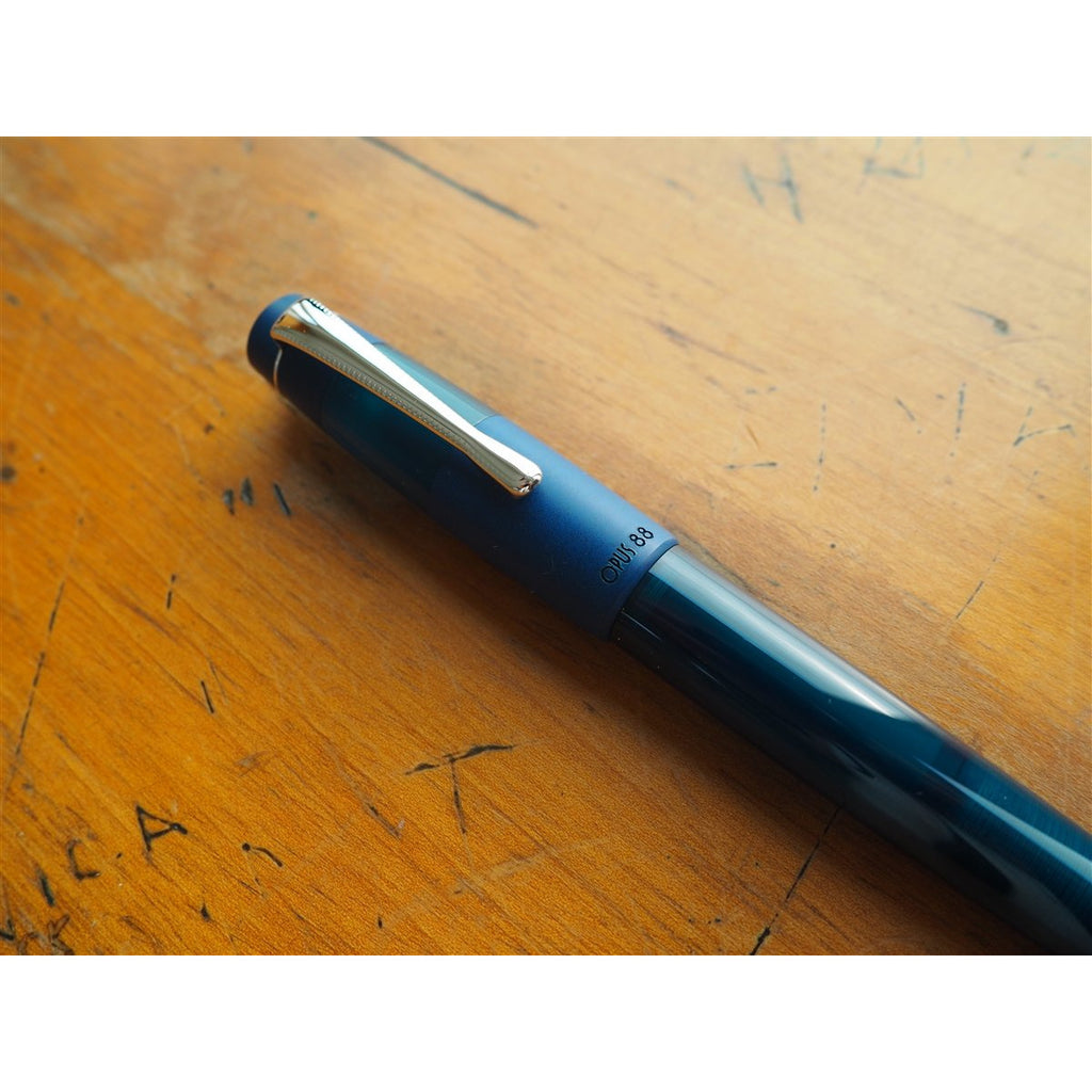 <center>Opus 88 KOLORO Fountain Pen - Blue</center>