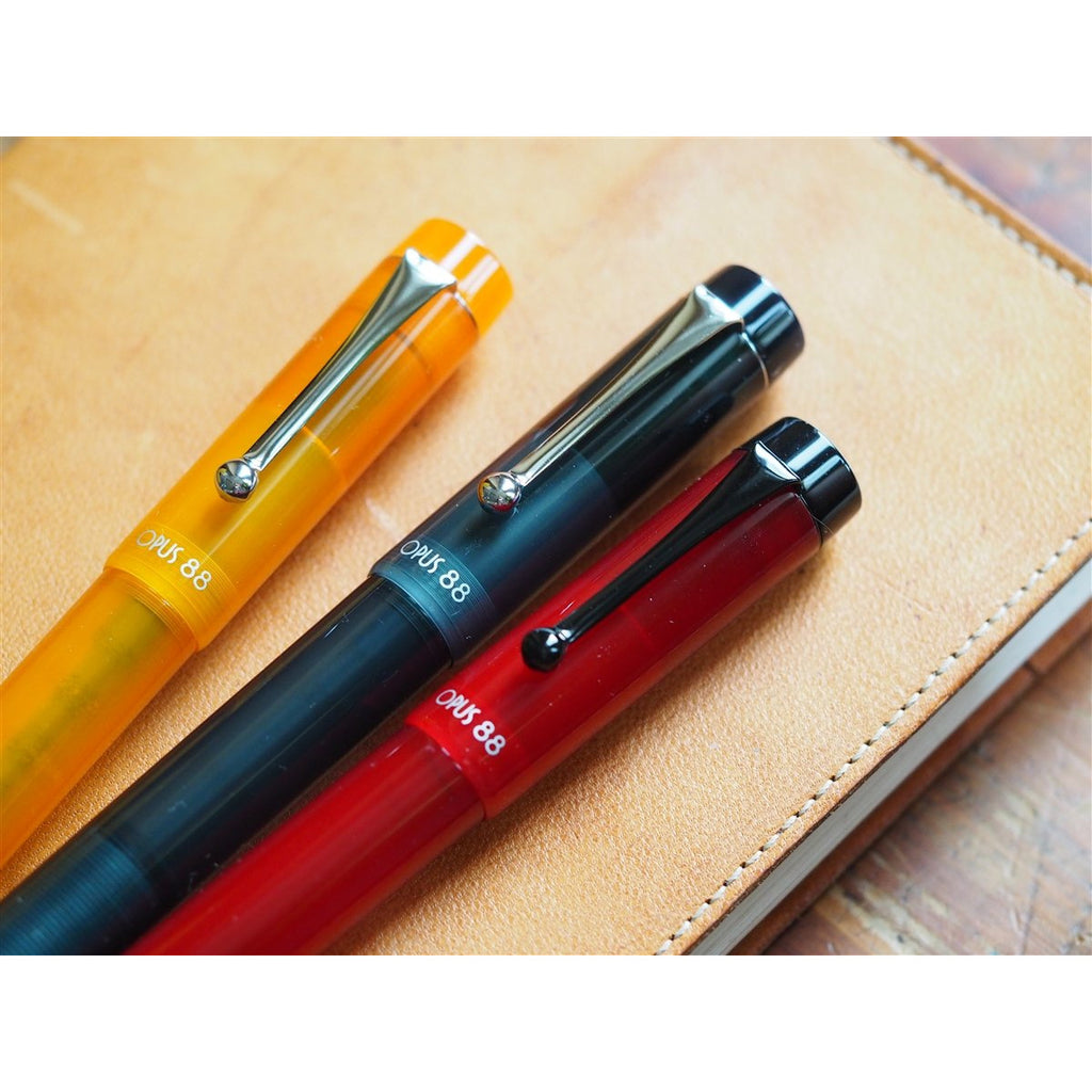 <center>Opus 88 KOLORO Fountain Pen - Orange Demonstrator </center>