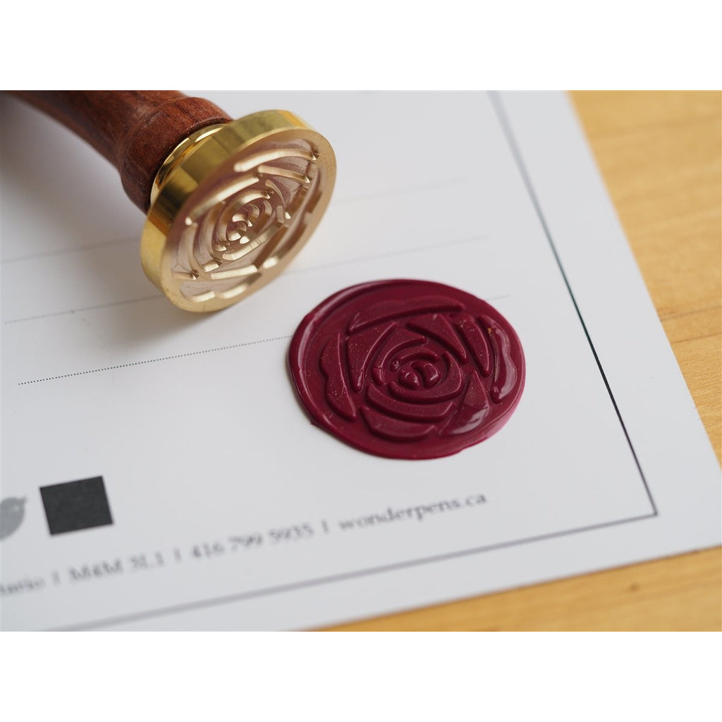 <center>Backtozero Brass Seal with Wooden Handle - Peony Flower</center>