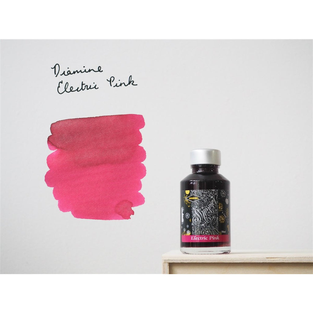 <center>Diamine Shimmertastic: Electric Pink (50 mL)</center>