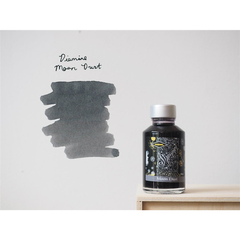 <center>Diamine Shimmertastic: Moon Dust (50 mL)</centre>