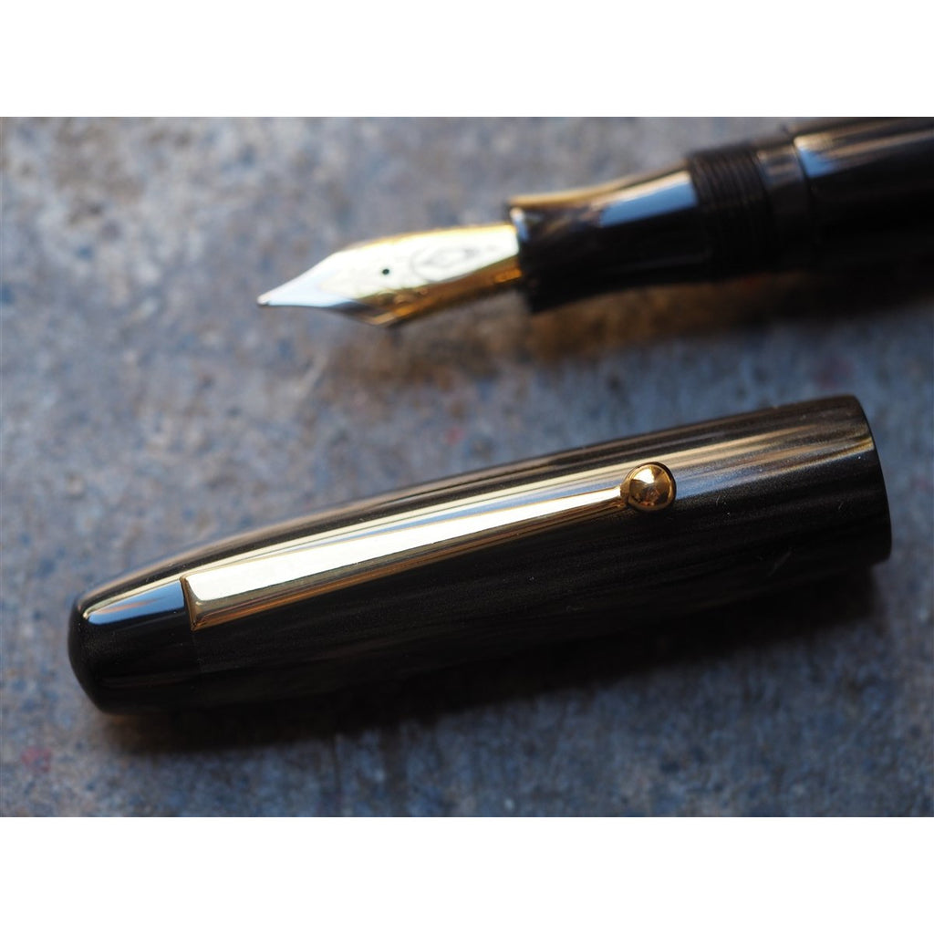 <center>Edison Pen Co. Fountain Pen - Collier Burnished Gold</center>