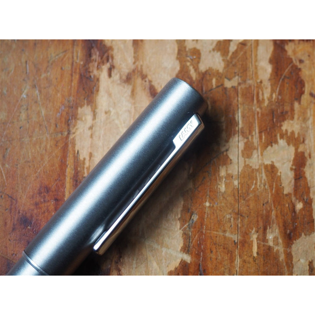 <center>Lamy Aion Fountain Pen - Olivesilver Steel</center>
