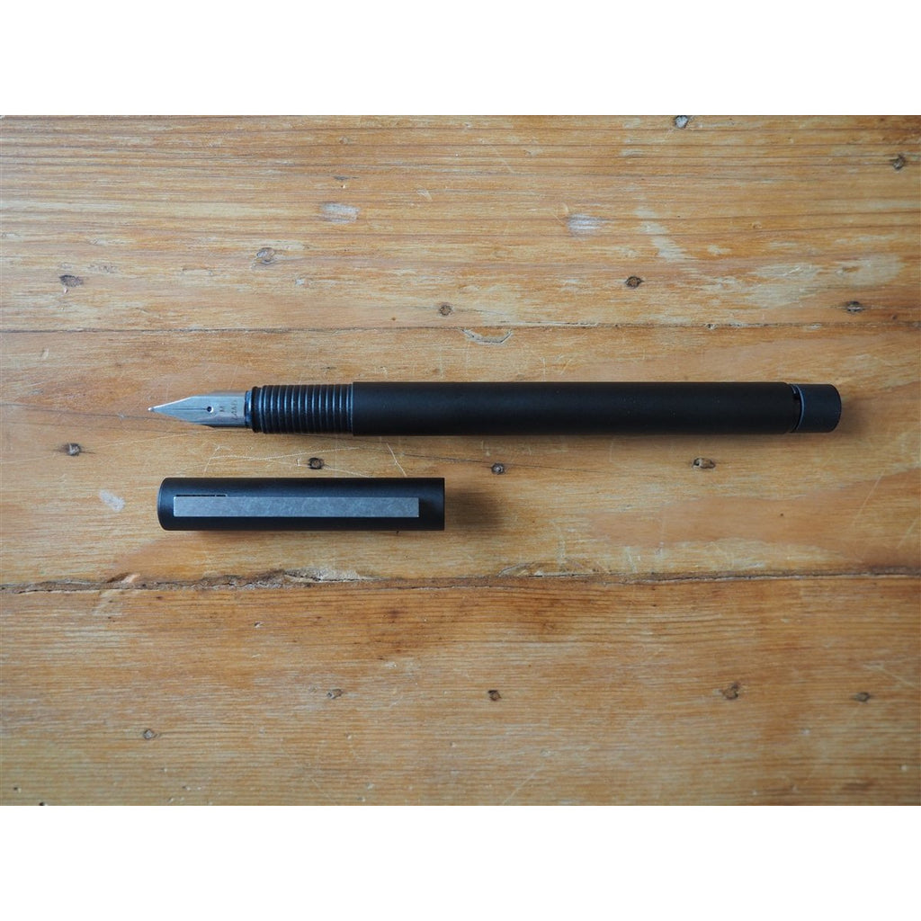 <center>Lamy CP1 Fountain Pen - Black</center>