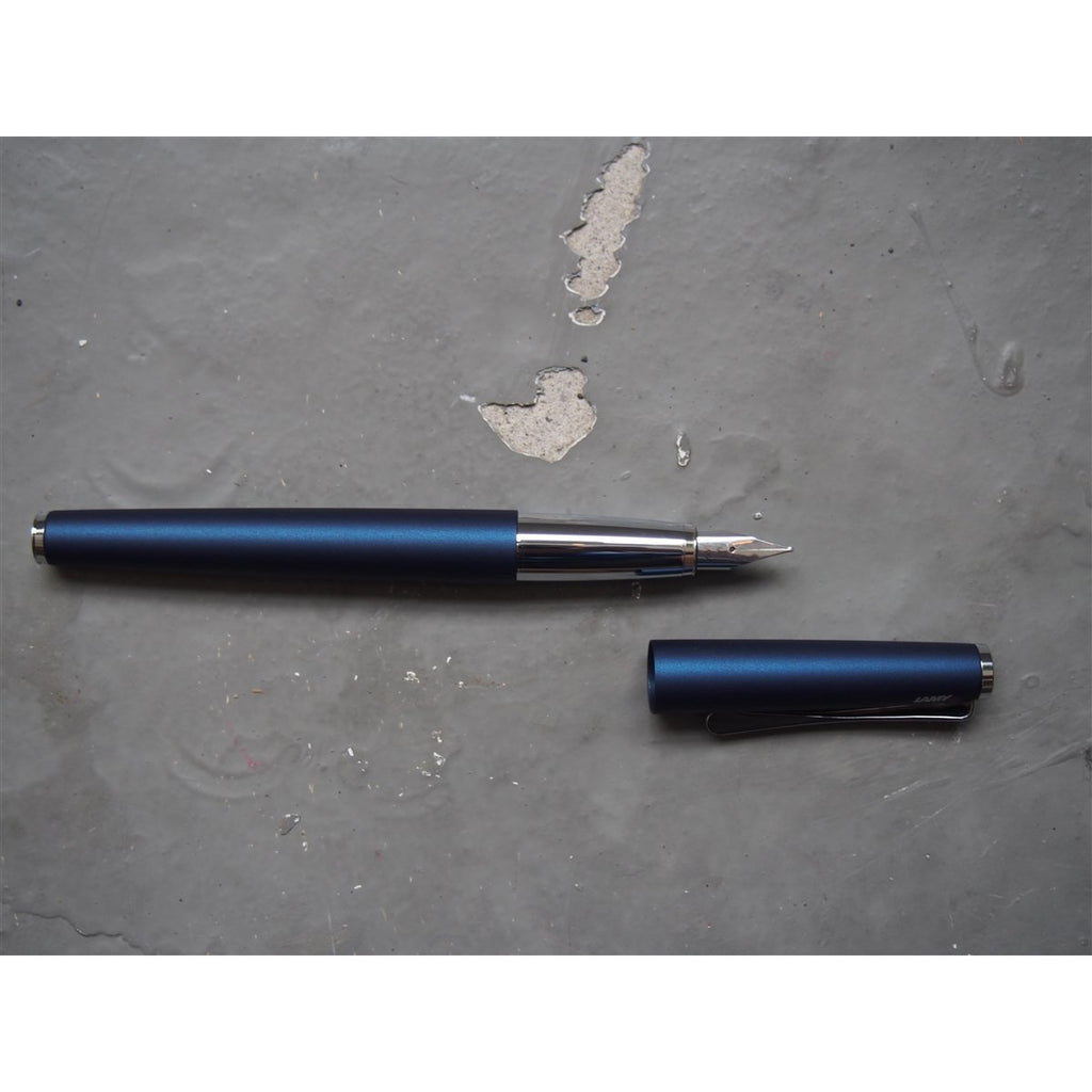 <center>Lamy Studio Fountain Pen - Imperial Blue</center>