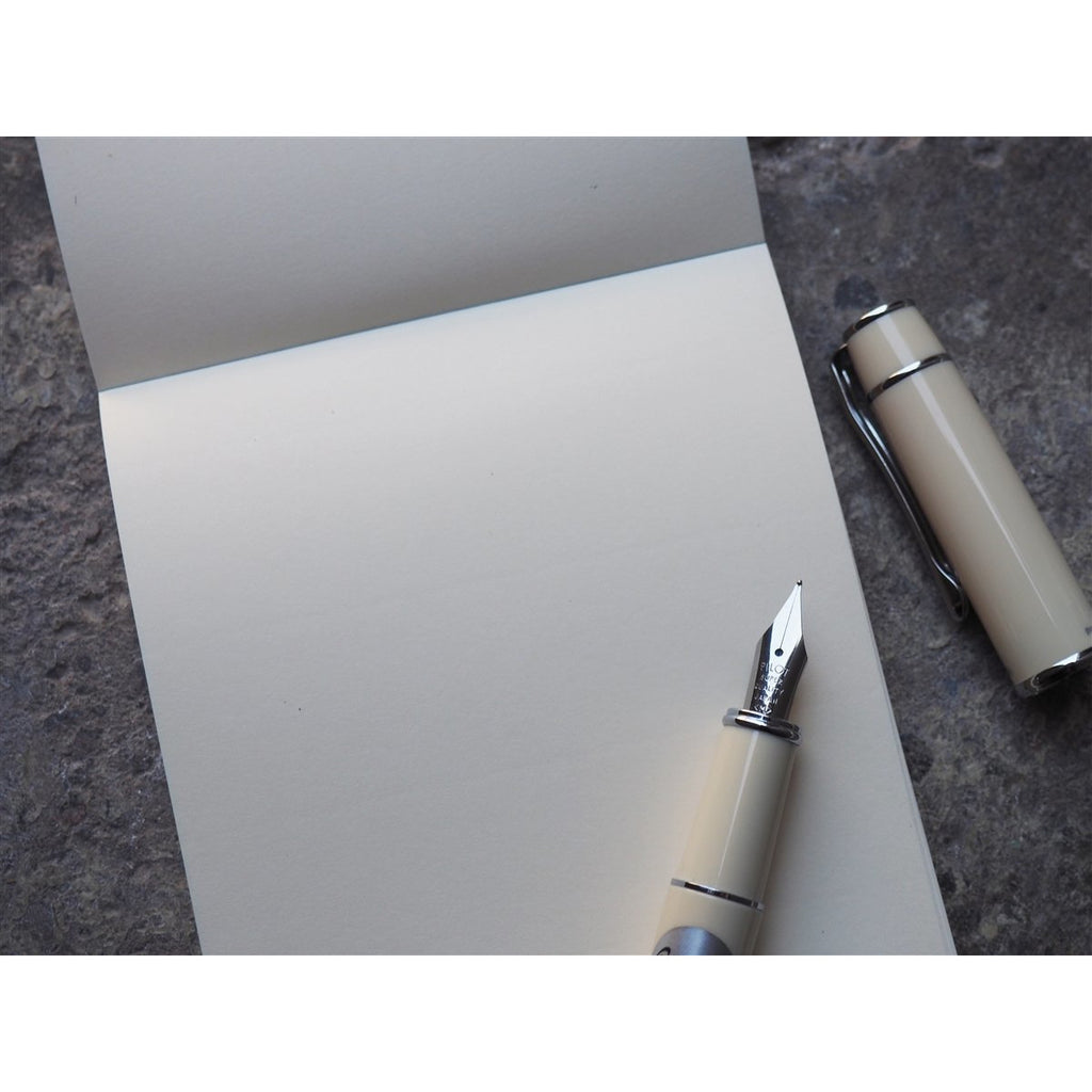 "<center>Life Stationery ""Noble Memo"" Plain Pad - B7</center>"