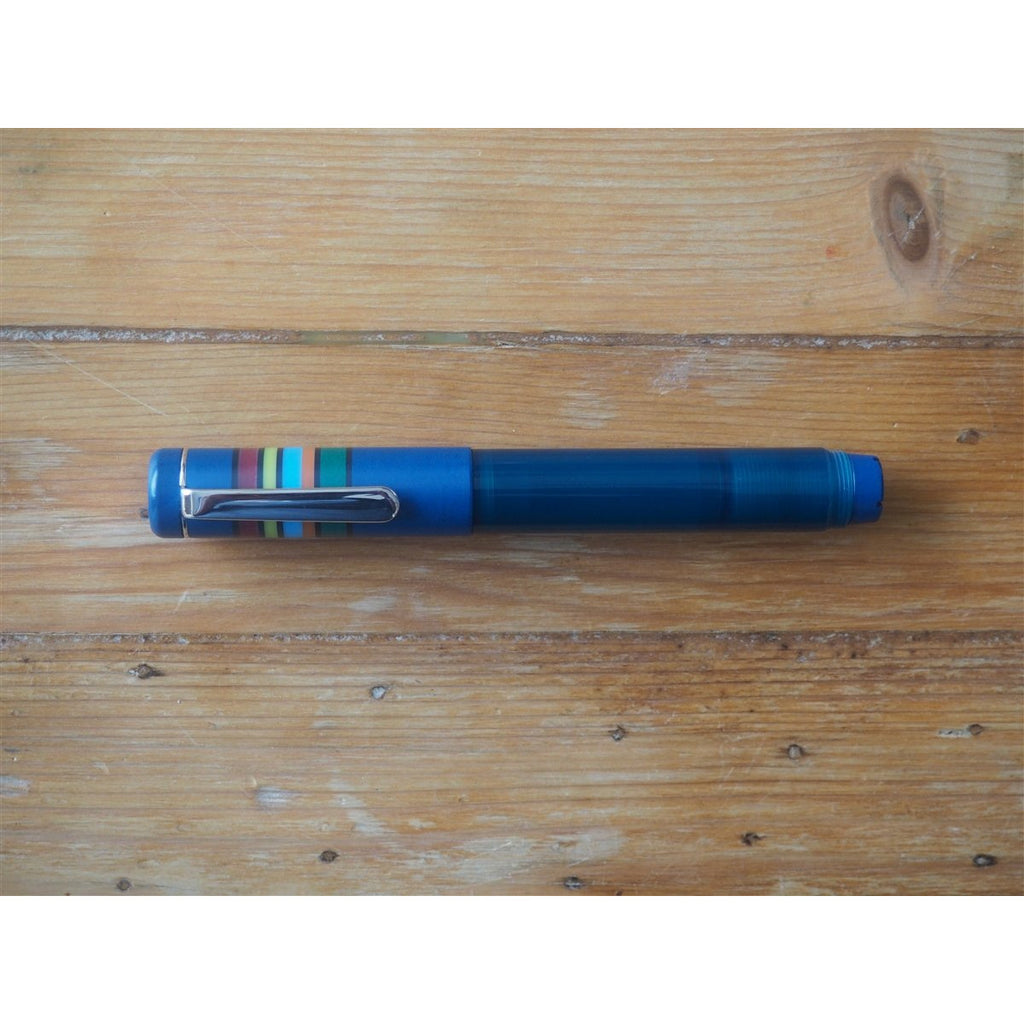 <center>Opus 88 Fantasia Fountain Pen - Blue</center>