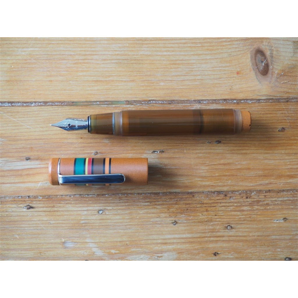 <center>Opus 88 Fantasia Fountain Pen - Brown</center>