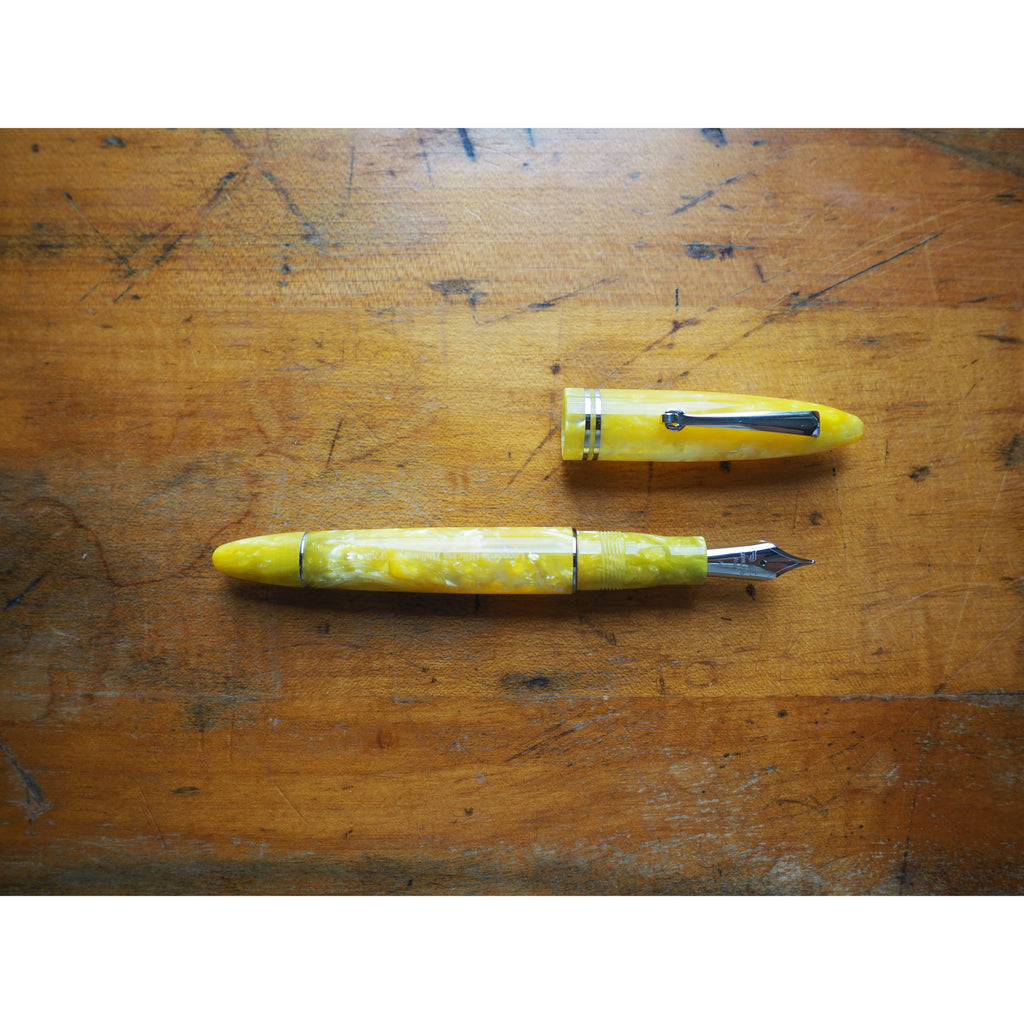 Leonardo Furore Fountain Pen - Sun Yellow - Silver Trim