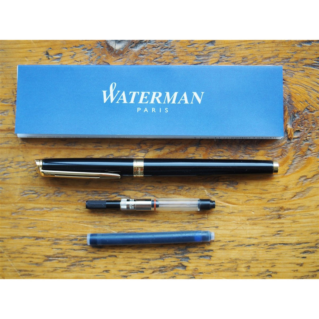 <center>Waterman Hemisphere Fountain Pen - Black with Gold Trim</center>