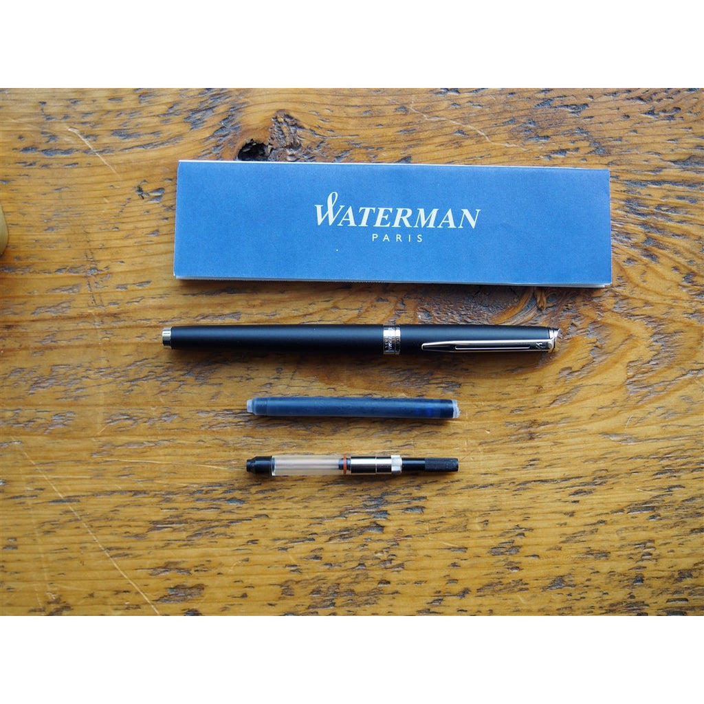 <center>Waterman Hemisphere Fountain Pen - Matte Black with Silver Trim</center>