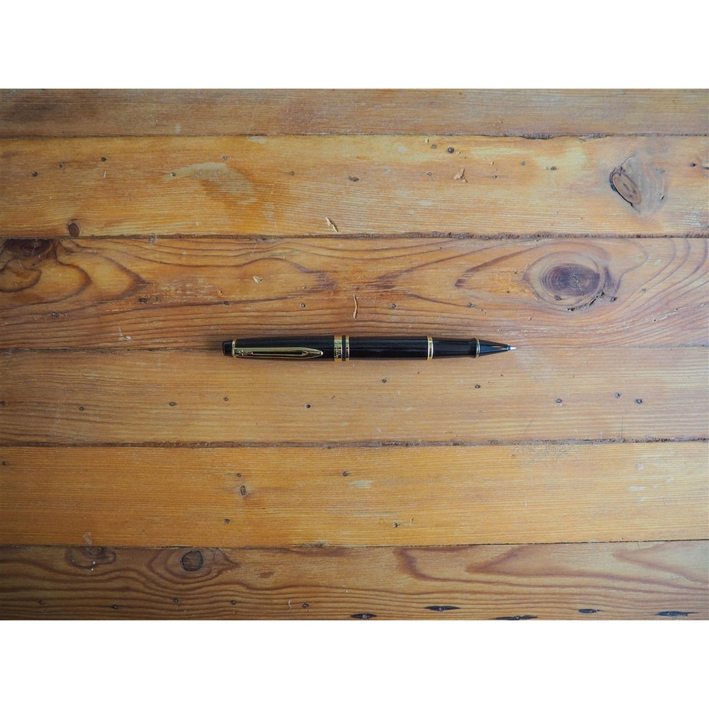 <center>Waterman Expert3 Rollerball Pen - Black with Gold Trim</center>