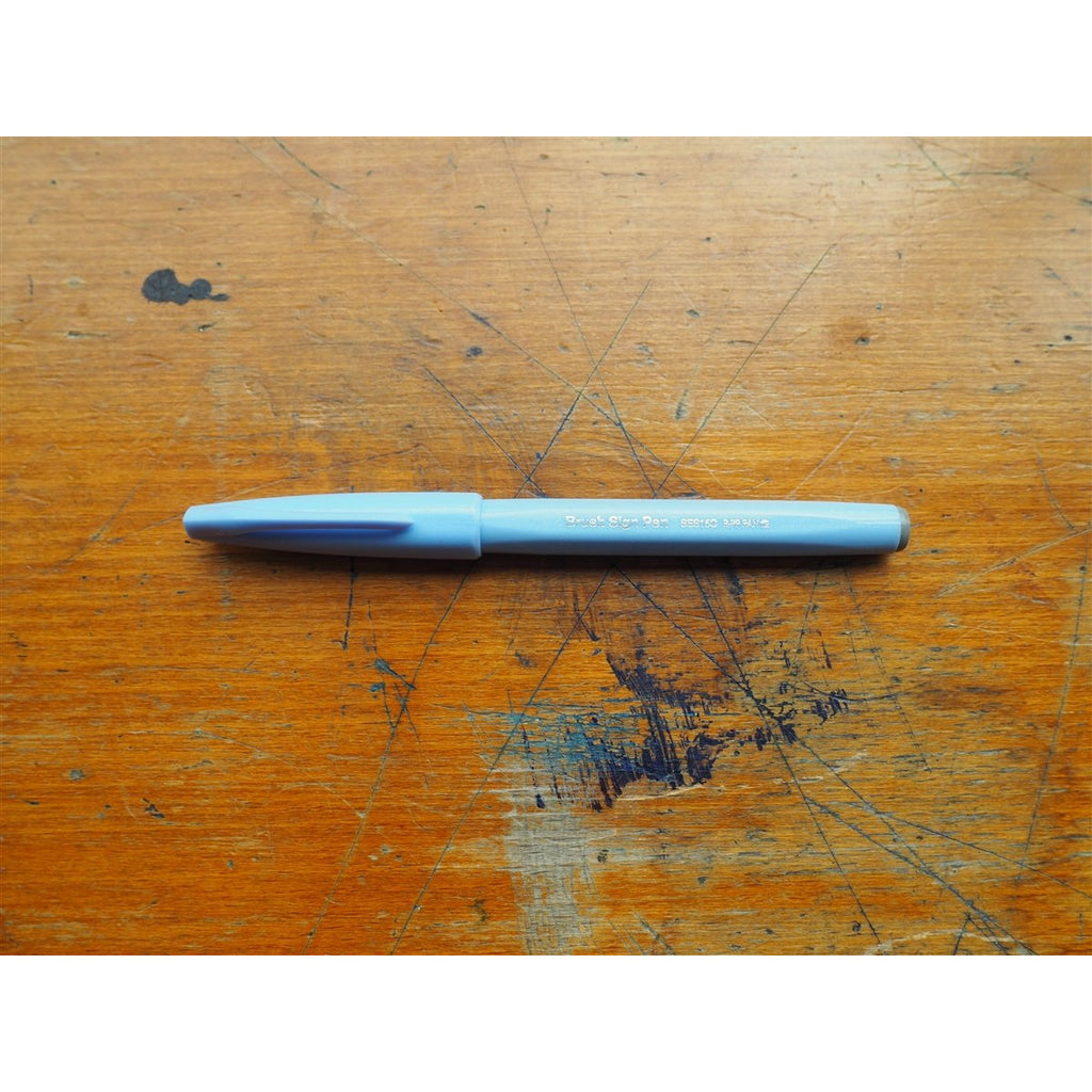 <center>Pentel Brush Sign Pen - Pale Blue</center>