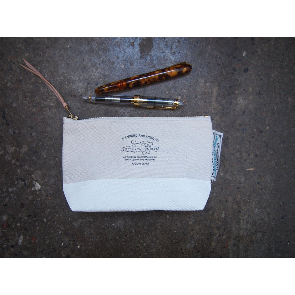 <center>The Superior Labor Engineer Pouch #02 - White</center>