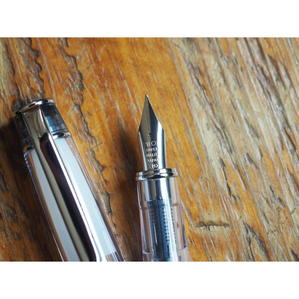 <center>Pilot Prera Fountain Pen - Transparent Black </center>