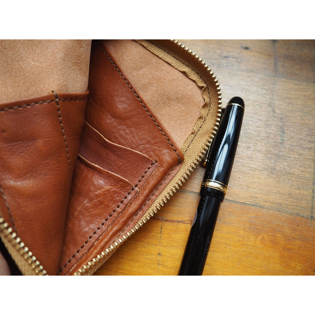 <center>The Superior Labor  Leather Pen and Wallet Case - Light Brown</center>