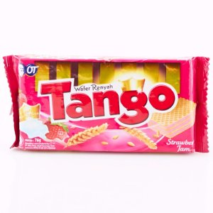 Tango Long Wafer Strawberry Jam 47 Gr