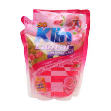 So Klin Lantai Perfume Aromatic Rose Bouquet Pouch 80 Ml