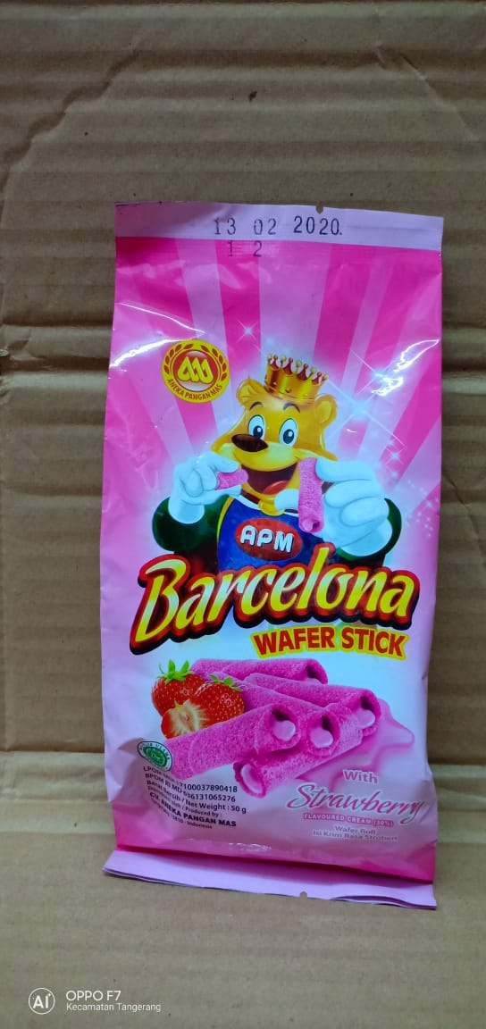 Barcelona Wafer Stick Strawberry