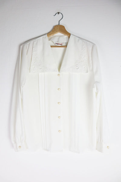 Romantic Vintage Blouse With Big Collar