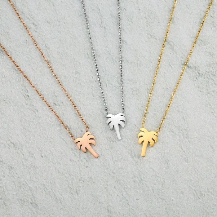 Perfect beach necklace