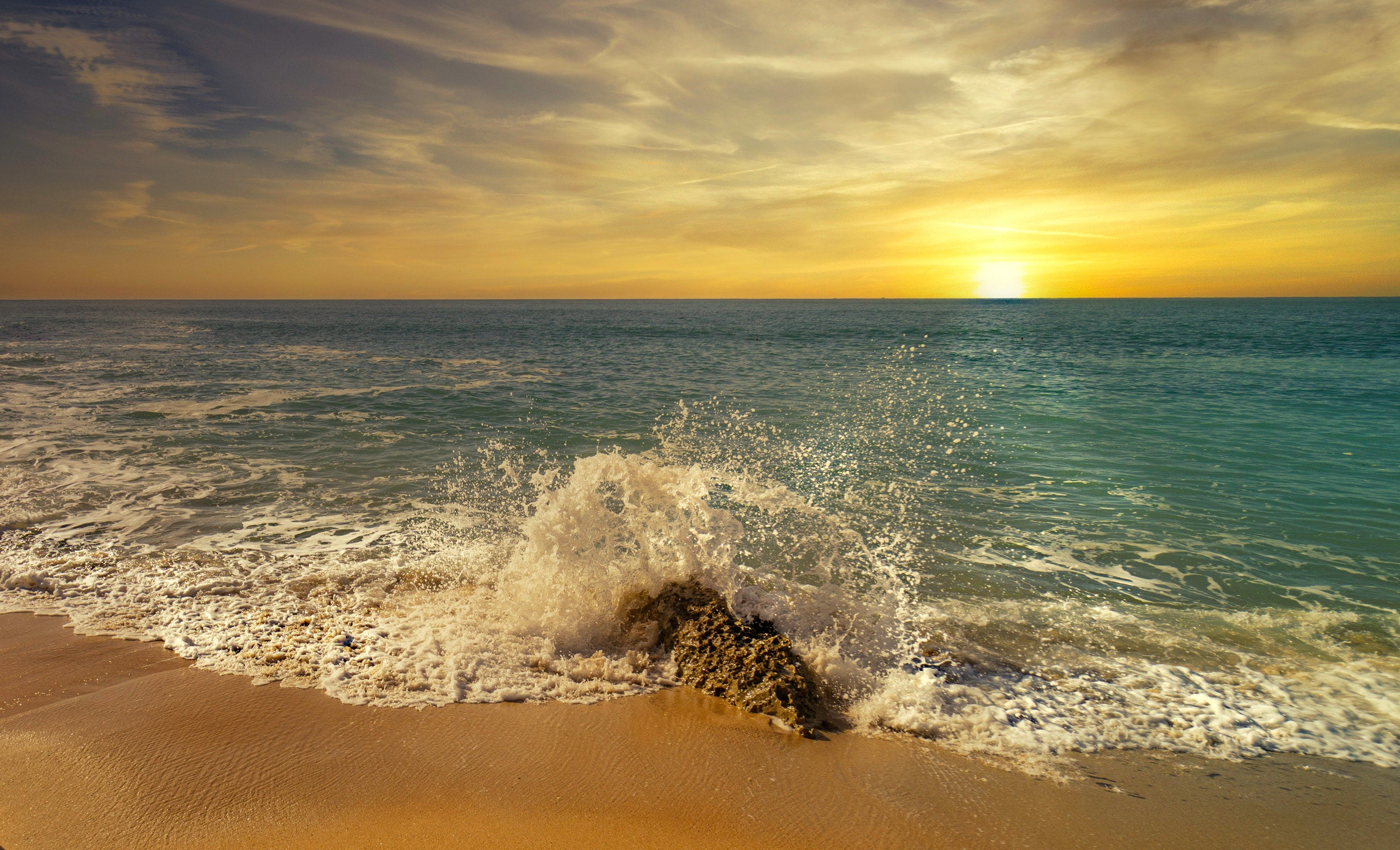 What causes ocean amazing facts