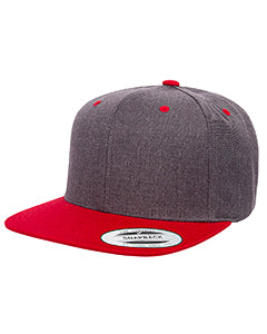 Yupoong Adult 6-Panel Structured Flat Visor Classic Two-Tone Snapback 6089MT DRK HTHR/ RED
