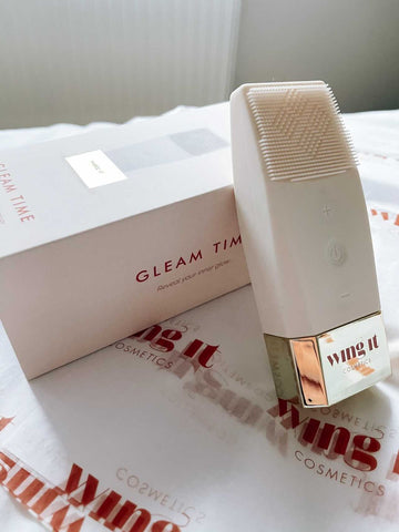 Gleam Time vibrating silicone facial cleansing brush
