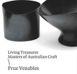 Book Living Treasures: Masters of Australian Craft \ Prue Venables