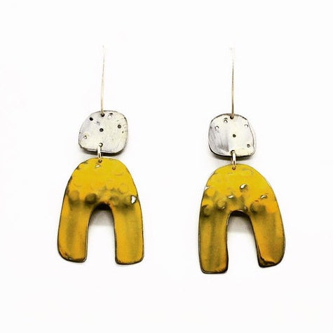 Hook Earrings Pure Anvil Yellow