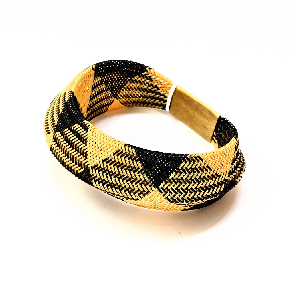 Bracelet Mesh Single Layer Black Gold Entwined