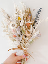 Load image into Gallery viewer, Medium Dried Flower Bouquet