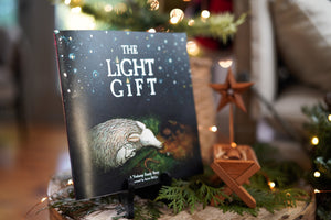The Light Gift & Messiah Manger Bundle