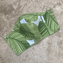 Load image into Gallery viewer, Tropical Leaf Print Face Mask