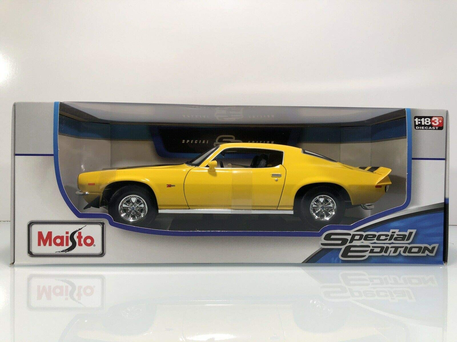 Maisto 1:18 1971 Chevrolet Camaro SS Diecast Vehicle