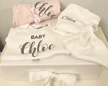 Load image into Gallery viewer, Personalised Pink Baby Gift Set