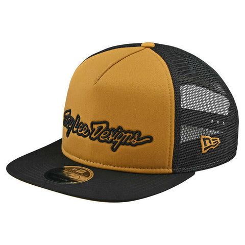 SIGNATURE SNAPBACK HAT TROY LEE