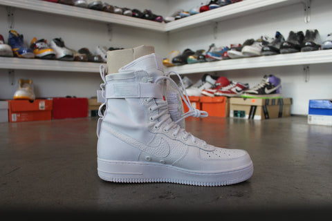 Nike Air Force 1 White QS