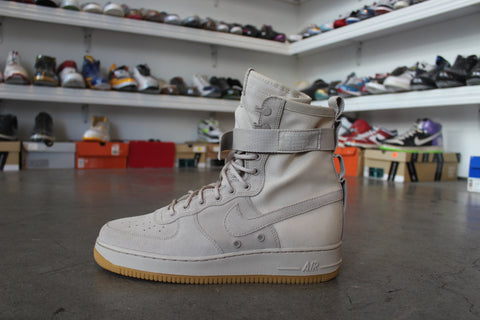 Nike Air Force 1 Sand Suede