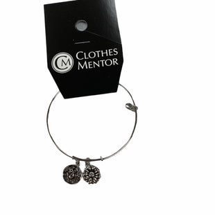 Primary Photo - BRAND:    CLOTHES MENTOR STYLE: BRACELET COLOR: SILVER OTHER INFO: CHRYSALIS - SKU: 190-19060-47499