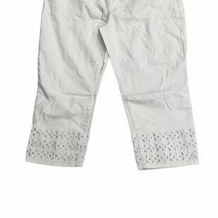 Primary Photo - BRAND: CHICOS STYLE: JEANS COLOR: WHITE SIZE: 16 OTHER INFO: NEW! SKU: 190-190106-56532