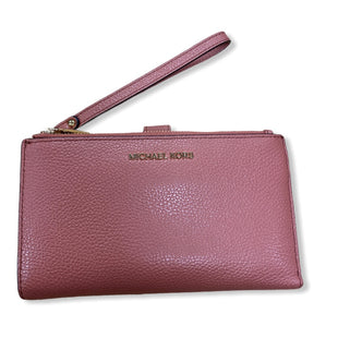 Primary Photo - BRAND: MICHAEL BY MICHAEL KORS STYLE: WRISTLET COLOR: SALMON SKU: 190-190106-53180