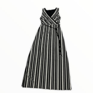 Primary Photo - BRAND: WHITE HOUSE BLACK MARKET STYLE: DRESS LONG SLEEVELESS COLOR: BLACK WHITE SIZE: L SKU: 190-190140-24812