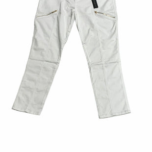 Primary Photo - BRAND: CHICOS STYLE: JEANS COLOR: WHITE SIZE: 16 OTHER INFO: NEW! SKU: 190-190106-56253